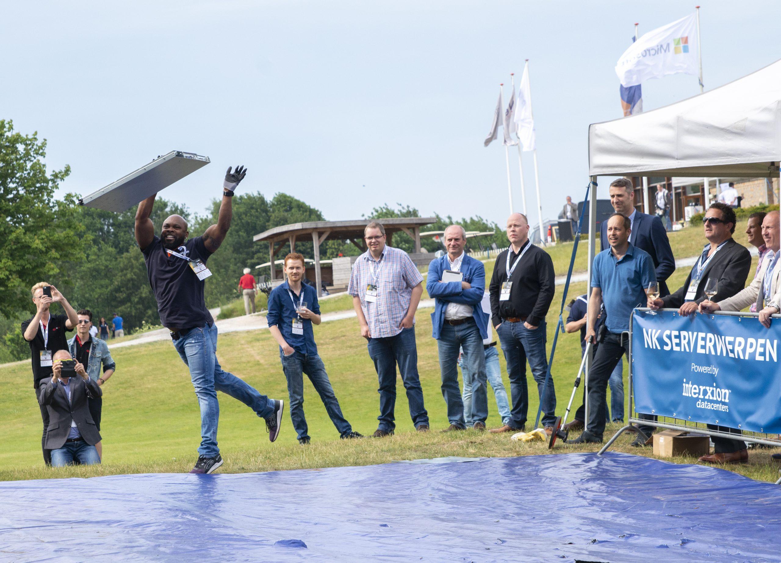 Serverwerpen, Nederlands kampioenschap, conferentie